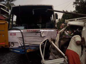 Mini-Lorry-Accident 003